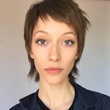 Kurze Haare Frauen by Langen Haaren Zur Kurzhaarfrisur Mit Kurzen Haaren Sieht Diese