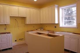 best color to paint kitchen cabinets for resale what kitchen cabinets are best for resale value best home