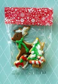 cookie bag tutorial using clear cello bags and pretty scrapbooking