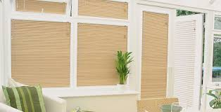 Made To Measure Venetian Blinds Wooden Venetian Blinds By Louvolite Made To Measure