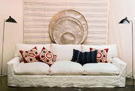 housse canapé blanc autour du canapé en lavé ghost