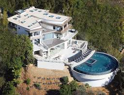 captainsparklez house in real life bright white luxury mansion with half moon pool 10 must have
