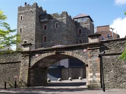 17th century city walls londonderry derry