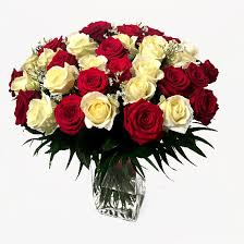 big bouquet of roses big bouquet of and white roses lillepidu