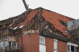 Bergmannsheil Bochum Haus 3 File Bergmannsheil Brandschaden Dach Jpg Wikimedia Commons