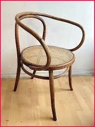 chambre avec prive chambre avec privé lit bébé bois pliant chaise