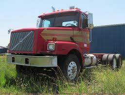 2000 volvo tractor for sale 2000 volvo wg semi truck item b6367 sold june 20 truck