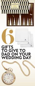 gifts to give your on wedding day 6 gifts to give your on your wedding day instyle