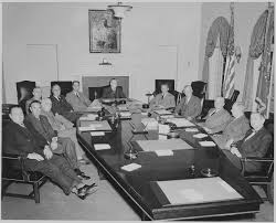 White House Interior Pictures File President Truman And His Cabinet In The Cabinet Room Of The
