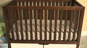 Convertible Crib Reviews by Karla Dubois Oslo 3 In 1 Convertible Crib Youtube