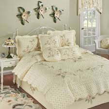 quilt sets queen waverly cape c quilt set the home decorating