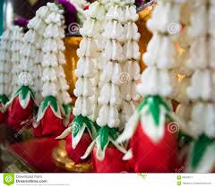 wedding garland calotropis crown flowers stock photos images pictures 110 images