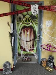 halloween office door decorating contest ideas style yvotube com