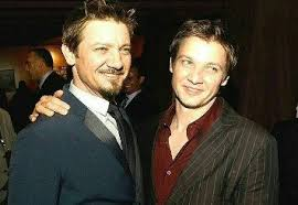 jeremy renner hairstyle which hair product s does jeremy renner use quora