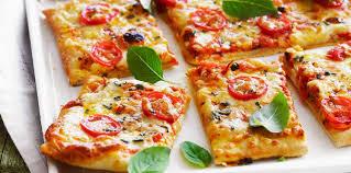 cuisiner une pizza pizza au fromage facile et pas cher recette sur cuisine actuelle