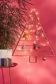 Decoration Material For Christmas Tree by 24 Cute Christmas Trees Ornaments And Other Decorations All For