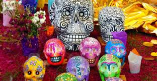 day of the dead decorations what is the mexican tradition of día de los muertos or day of