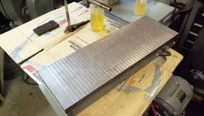 magnetic table for surface grinder fixing a permanent magnetic chuck for the surface grinder blue