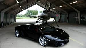 lamborghini murcielago vs bugatti veyron lamborghini aventador vs f16 fighting falcon dailymotion