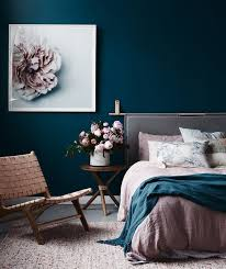 How To Design Bedroom Interior Set The Mood How To Design A Romantic Bedroom Romantic
