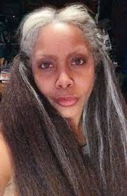 hair styles for 44 year ol ladies pic erykah badu gets candid about aging while revealing a headful