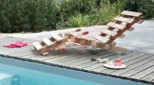 comment fabriquer un canapé en palette comment fabriquer salon de jardin en palettes en bois