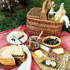 picnic basket ideas best 25 picnics ideas on pinic basket