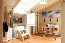 cabane de chambre j aime beaucoup ce lit cabane esprit marin dans cette chambre d
