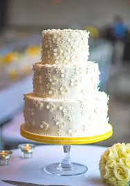 wedding cakes 2016 canada s prettiest wedding cakes for 2016 weddingbells