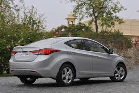 hyundai elantra price in india hyundai to launch corolla beater elantra soon engine and all details