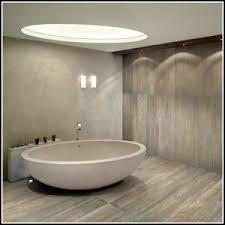 badgestaltung fliesen holzoptik badgestaltung mit fliesen in holzoptik fliesen hause
