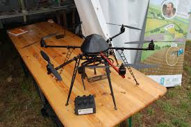 Bineuse Electrique Carrefour by Agriculture Les Robots Et Les Drones Se Mettent Au Bio