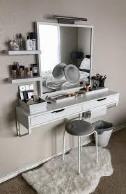 Bathroom Vanity Mirrors by Best 25 Homemade Vanity Ideas On Pinterest Homemade Bathroom