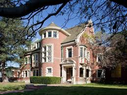 Famous Mansions Famous Tv And Movie Houses Hgtv