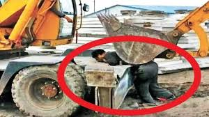 heavy construction videos top 10 dangerous heavy equipment