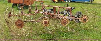gehl 308 hay rake item k2226 sold june 8 ag equipment a