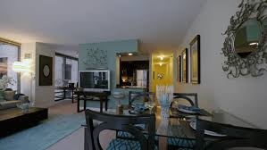 chicago 1 bedroom apartments oakwood 200 squared apartments 210 n wells st loop yochicago