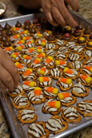 halloween candy corn hugs pretzels