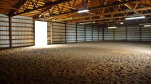 looking for property in oregon with a covered arena