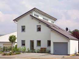 Einfamilienhaus Mit Garten Kaufen Haus Mit Einliegerwohnung Grundrisse Ansichten U0026 Preise