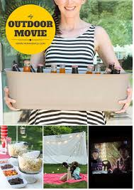 diy outdoor movie night momadvice