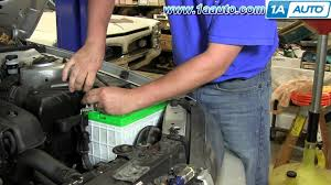why is my battery light on alternator fuse 2001 06 hyundai