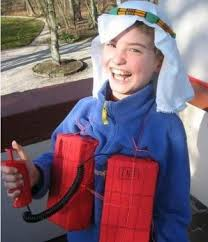 Funny Boy Halloween Costumes Hilarious 25 Totally Inappropriate Halloween Costumes