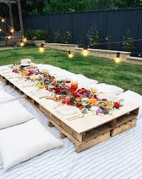 Designs For Wooden Picnic Tables by Best 25 Backyard Picnic Ideas On Pinterest Garden Picnic
