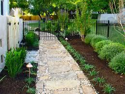 Backyard Walkway Ideas by Best 25 Landscaping Around Pool Ideas Only On Pinterest