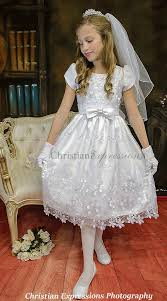 short sleeve satin first communion dress with daisies
