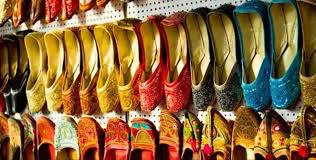 buy boots mumbai which is the best place to shop in mumbai for cheap rates bandra