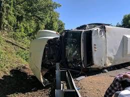 five students one teacher still hospitalized after bus crash
