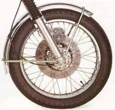 chambre a aire moto le pneu composition pneus tubeless ou à chambre à air