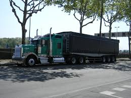 kenworth truck builder file kenworth truck in lyon confluence jpg wikimedia commons